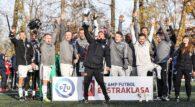 Legia Warszawa wygrała IV turniej PZU Amp Futbol Ekstraklasy i zmniejszyła stratę do lidera. Końcówka sezonu będzie więc jeszcze bardziej niezwykła. Trzy punkty dzielą Wisłę Kraków i Legię Warszawa w tabeli rozgrywek. Broniący tytułu mistrzowskiego stołeczny zespół okazał się lepszy […]